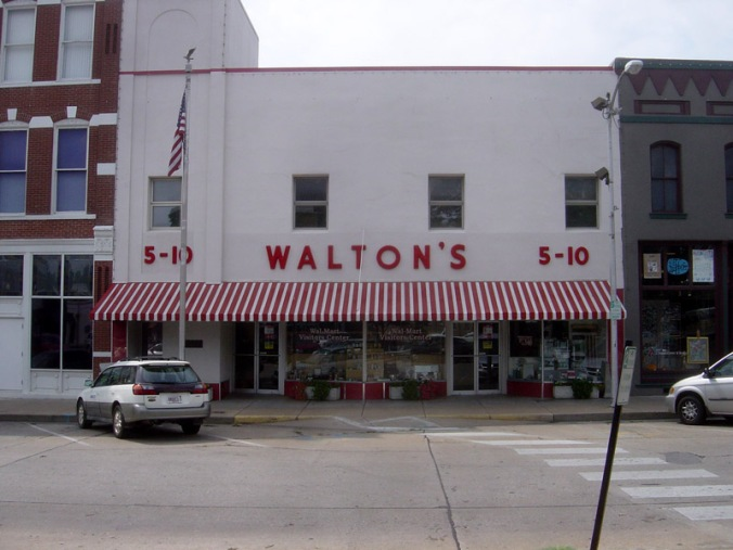 Walton's_Five_and_Dime_store,_Bentonville,_Arkansas