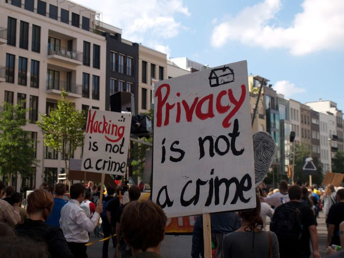 Privacy_is_not_a_crime_(4979241873)