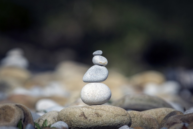 balance-stones