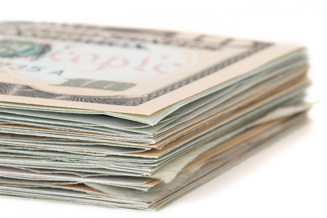 stack-of-dollars-1455040590oad