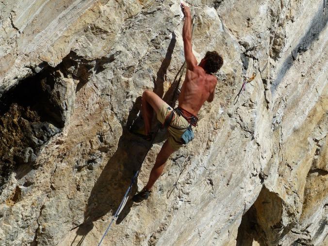 climb-2296308_1280