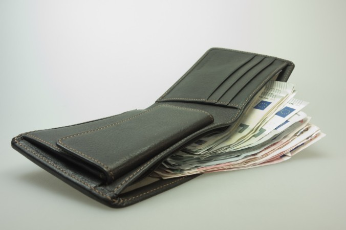 money_purse_bank_note_euro_leather_wallet_men's_wallet_man_purse-927328.jpg!d