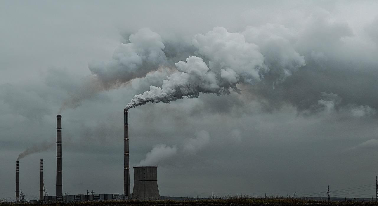 pollution-2043666_1280.jpg